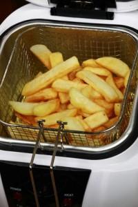 friteuse-mit-pommes