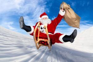 weihnachtsmann-mit-geschenken